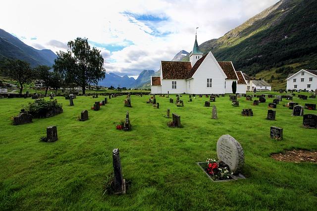 cimetière devant église